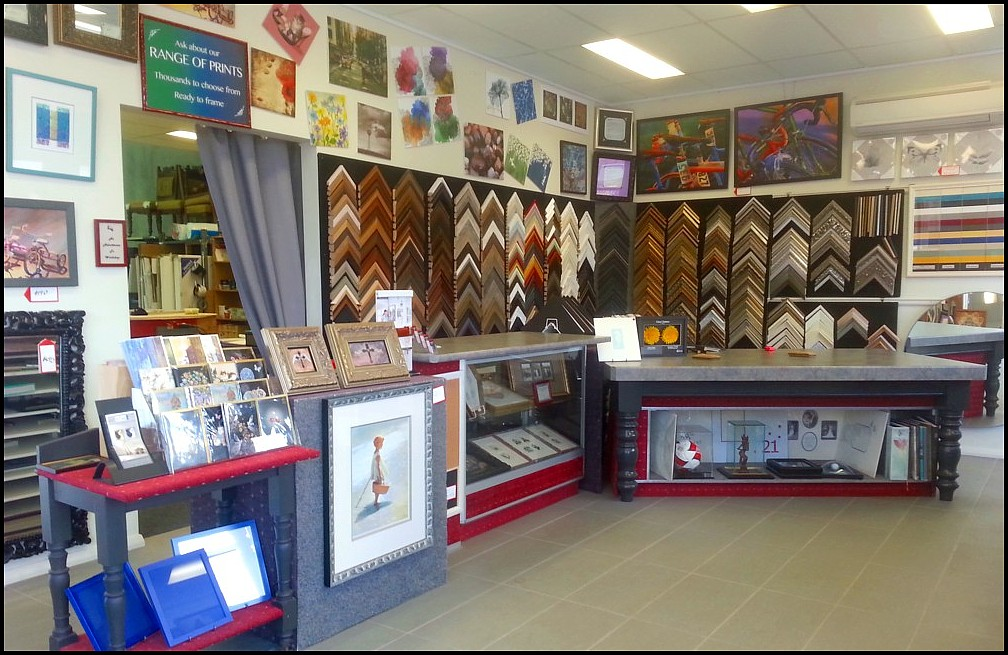 Maitland Framing Gallery – Design Specialists ~ Custom Framing ~ Mirrors